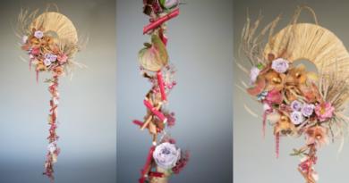Spezielle Girlande Anthurium Cymbidium Rosa Orchidee Eustoma russellianum Amaranth Cinnamomum Oasis Orit Hertz Frühling EMC European Master Certification Trends Blumen Inspiration Blumenkunst floral art