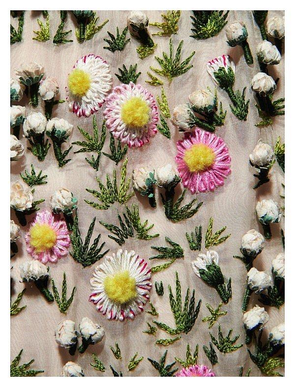fleur kreativ magazine floristik floristen Dior in Bloom neues buch in der blumenkunst buchhandlung florist floral designs floral art magazin floral art inspiration buch christiane dior modedesignerin floral lovers