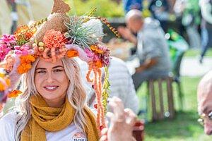 Fleur Kreativ Magazin: Fleuramour überrascht mit Fleur Floral Fashion im September 2021