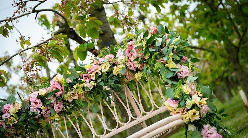 Fleur Kreativ: Glamouröse Lisianthus Hochzeit Inspiration